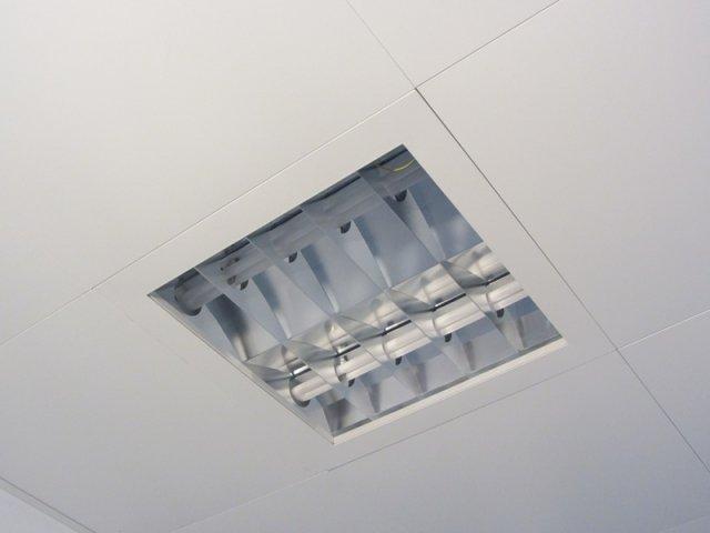 Plafoniere Per Sala Operatoria : Controsoffitto metallico per sale operatorie